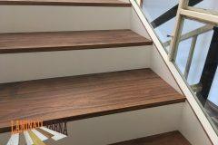 15-вътрешно-стълбище-с-ламиниран-паркет