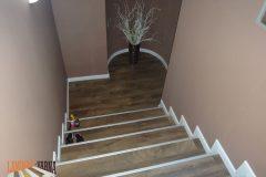 7-стълбище-с-бял-ПВЦ-перваз